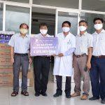 VNPT Khánh Hòa trao tặng vật phẩm  hỗ trợ công tác phòng chống dịch Covid-19